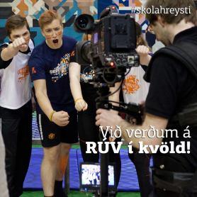 Við verðum í sjónvarpinu í kvöld!